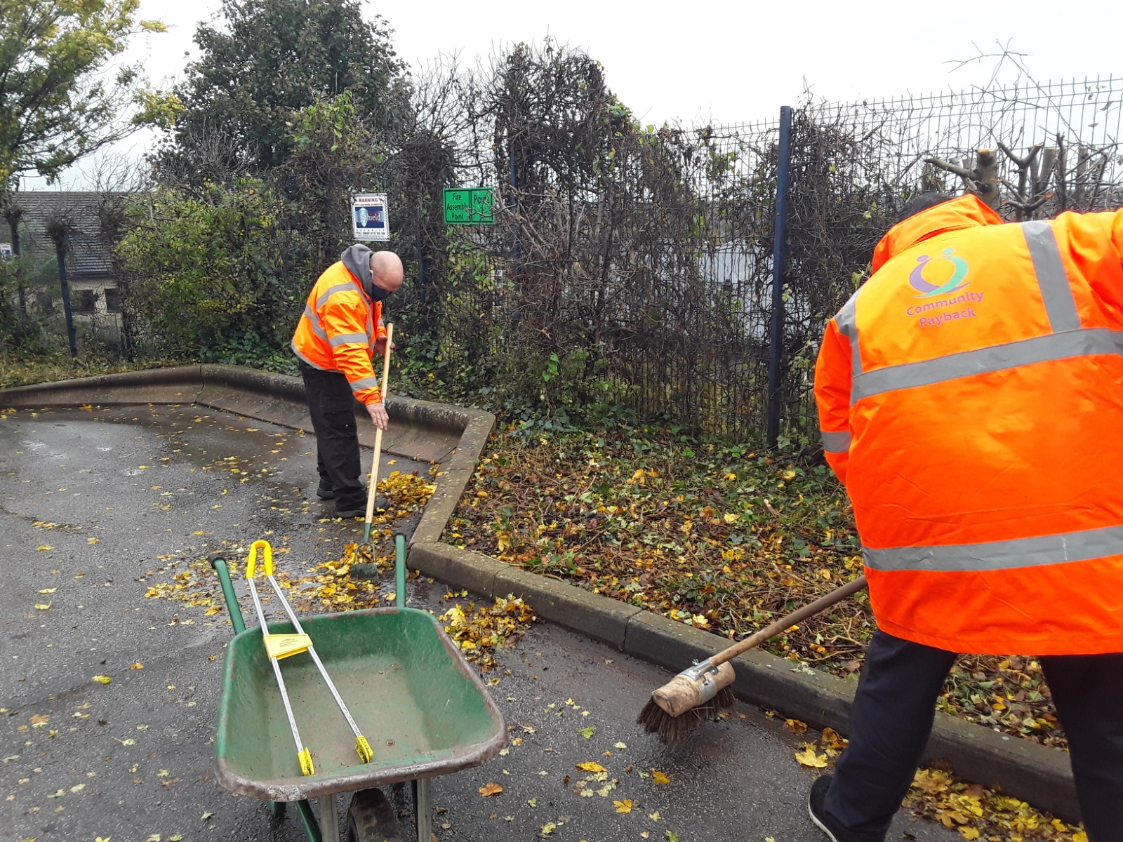 Community Payback Collaboration keeps gardens clean and tidy in West Yorkshire